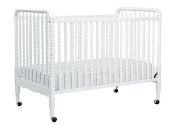 DaVinci Jenny Lind 3-in-1 Convertible Baby Crib-White